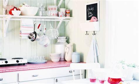 cucina piccola come arredarla cucina piccola 10 idee salvaspazio per farla sembrare pi 249