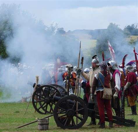 Muster Of Battle File Battle Of Tewkesbury Reenactment Cannonfire Jpg Wikimedia Commons