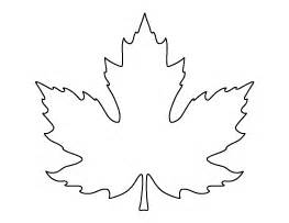 Shamrock Decorations Home free leaf patterns for crafts stencils and more