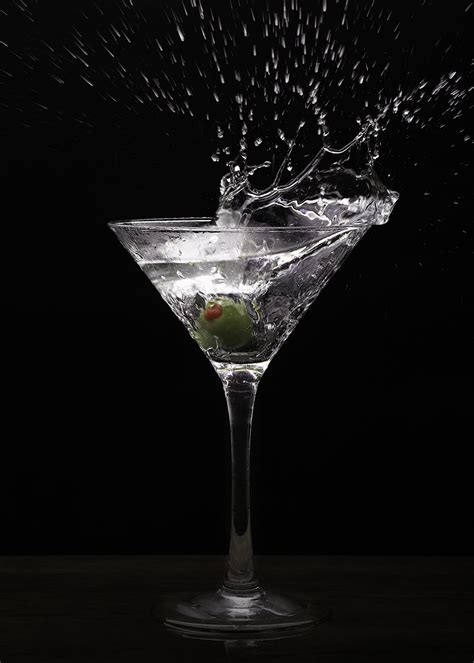 martini photography how to shoot a mojito a manhattan and a martini nelly