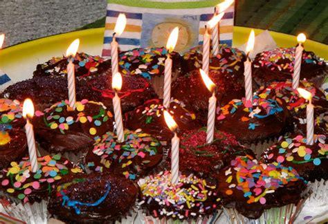 Ee  Year Ee    Ee  Old Ee    Ee  Birthday Ee    Ee  Party Ee   Activities Home  Ee  Party Ee    Ee  Ideas Ee