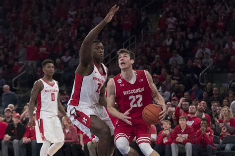 Rutgers Mba Mph by Badgers S Basketball No 15 Wisconsin Overcomes