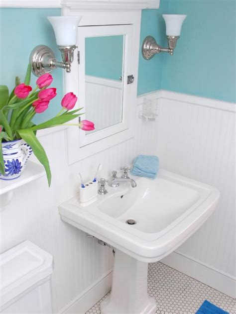 bathroom ideas budget transforming a bathroom on a tight budget diy bathroom