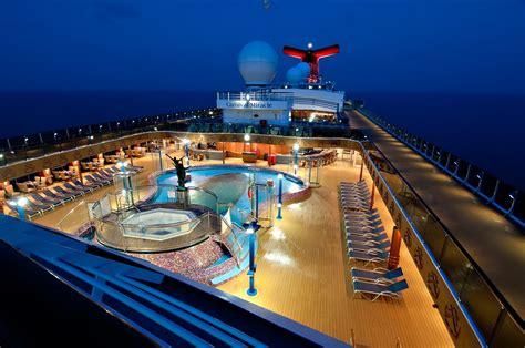 5 Romantic Cruises for Valentine?s Day   Locale Magazine