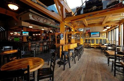 Mountain Top Bar And Grill by Elk And Oarsman Pub And Restaurant Banff Restaurant