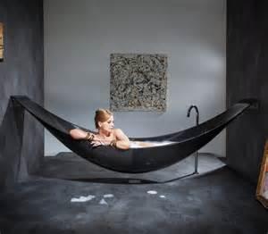 unique and bathtub design