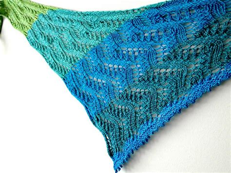 triangle pattern weights this asymmetrical triangle shawl is built on a waves of