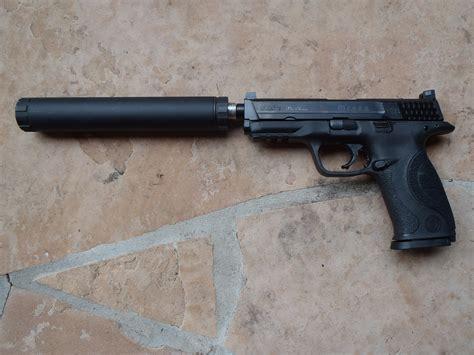 silencer reviews aac illusion 9 suppressor review gun reviews tactical gun review