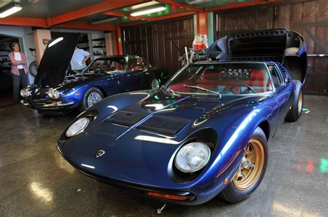 why adam carolla doesn t drive his fancy cars on the