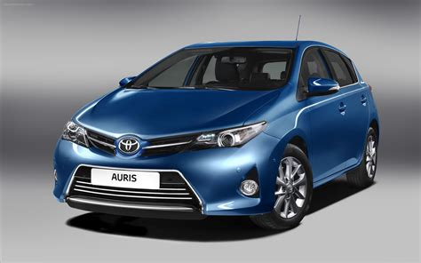 Are Toyotas Cars Toyota Auris Hybrid 2013 Widescreen Car Image 10