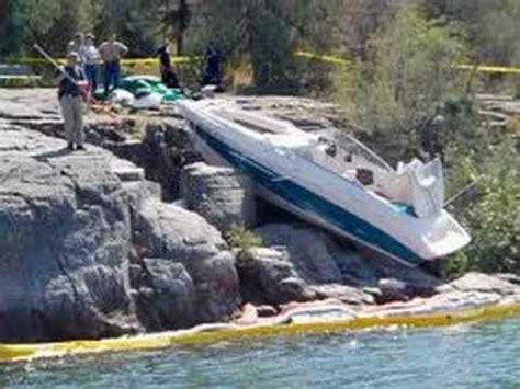 boat crash you tube boat crash video youtube