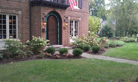 Landscape Supply Rockford Mi Lawn Mowing And Lawn Maintenance Grand Rapids And Ada Michigan