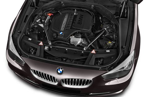 Bmw 550i Engine by Bmw 5 Series Reviews Research New Used Models Motor Trend