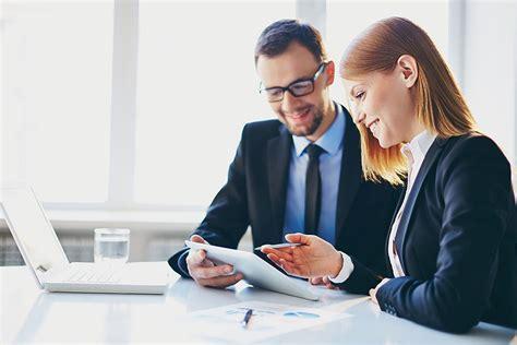 Bewerbungsfoto Unternehmensberatung Unternehmensberater In Ausbildung Gehalt Und Bewerbung