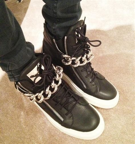 giuseppe zanotti chain sneakers in black leather