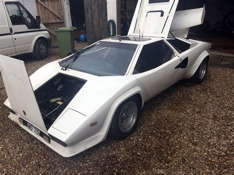 Lamborghini Countach Replica For Sale Uk This Z1a Lamborghini Countach Replica Is Hibious Ebay