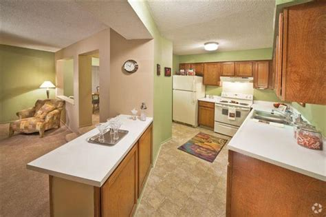 2 bedroom apartments in indianapolis a62 apartments rentals indianapolis in apartments