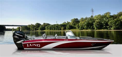 lund boats gl tournament fiberglass fishing boats lund 219 pro v gl