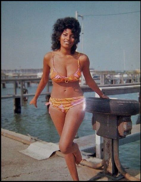 Pam Thinks Shes Way Hotter by Pam Grier Measurements Height Weight Pics