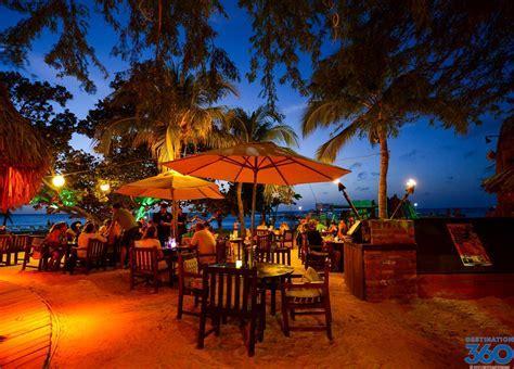 Aruba Dining   Food in Aruba   Aruba Restaurants