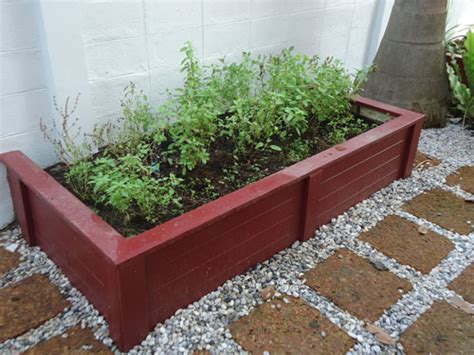 Herb Planter Box Ideas by Turn Your Space Into A Useful Herb Garden Thai