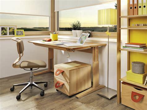 bureau enfant evolutif bureau enfant 233 volutif meubles lagrange