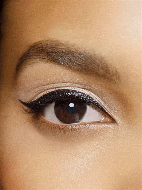 colored liquid eyeliner colored liquid eyeliner tutorials makeup trends maybelline