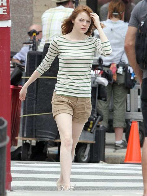 emma stone joaquin phoenix emma stone and joaquin phoenix on set 46 of 66 zimbio