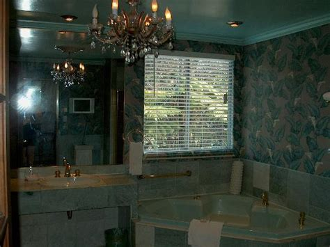 green marble bathroom green marble bathroom treehouse suite picture of chalet kilauea volcano tripadvisor