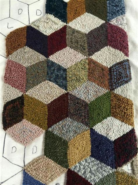 geometric rug hooking patterns 423 best rug hooking abstract geometric etc images on rug ideas rug hooking and