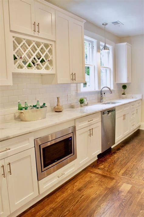 shaker cabinets with beveled edge best 25 beveled subway tile ideas on