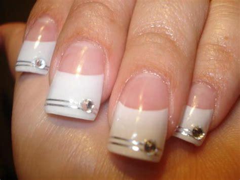 imagenes uñas decoradas punta blanca punta francesa con swarovski buscar con google u 241 as