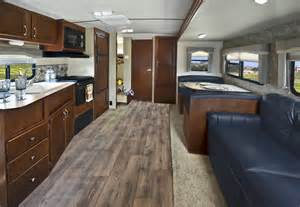 Evergreen rv introduces redesigned 2015 i go trailer