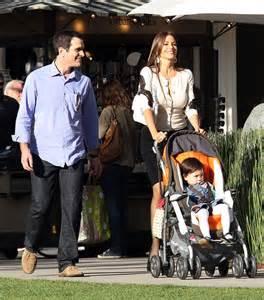 ty burrell and family sofia vergara of the tv show sofia vergara exercise