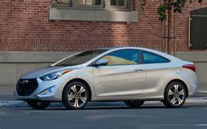 2013 hyundai elantra coupe photo 5