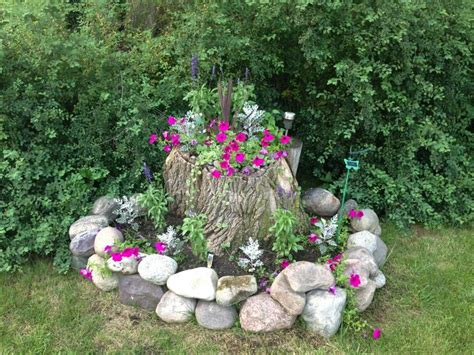 Tree Stump Planter Pot by 20 Best Images About Tree Stump Ideas On A