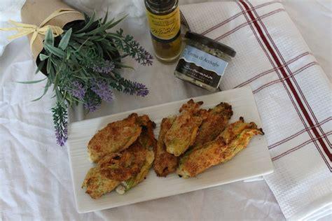 ricette con fiori di zucchina ricetta fiori di zucchina con crema d acciughe golosamente