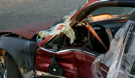 car accidents caused by traffic lights who cause more accidents drunk driver or teens