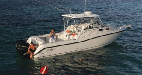 boston whaler dauntless boat cover boston whaler inc boat covers