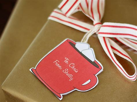 how to make customizable holiday gift tags craft