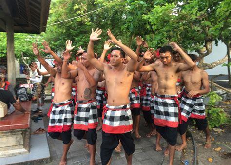 bali ubud tanah lot uluwatu temple full day tours package