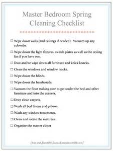 how to clean the master bedroom clean and scentsible is it quot mom quot clean bedroom checklist printables a girl