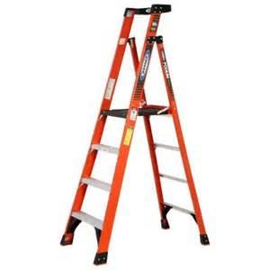 home depot 10 foot ladder werner 10 ft reach fiberglass podium ladder with 300 lb