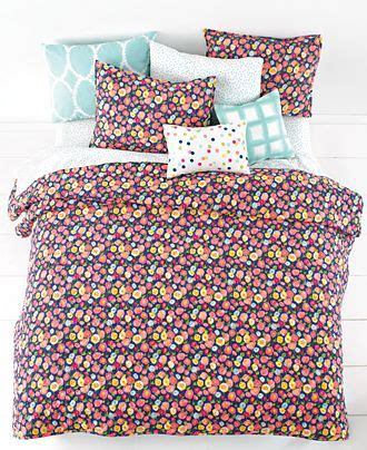 paint color for quilt room peace and poppies martha stewart whim quot pretty in
