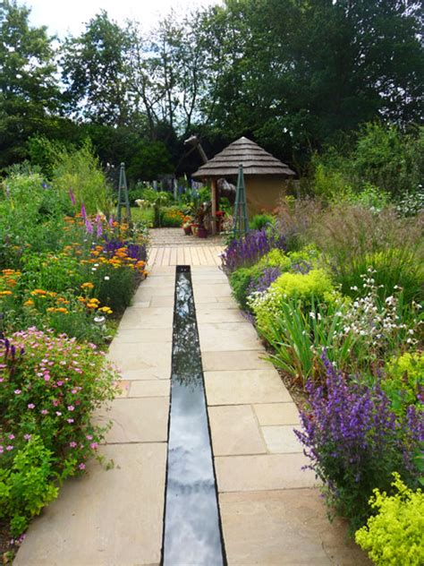 craft house and garden arts and crafts garden photos