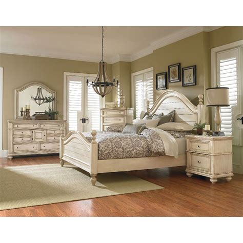 6 Size Bedroom Set by Heritage Antique White 6 King Bedroom Set