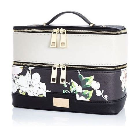 Makeup Vanity Bag by 17 Best Ideas About Vanity On Vanity