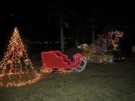 the civilized life in sarasota selby gardens lights in