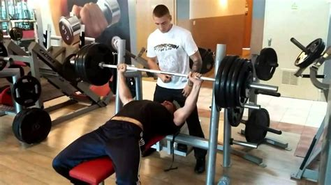 185 bench press 185 kg na płaskiej 407lbs bench press youtube