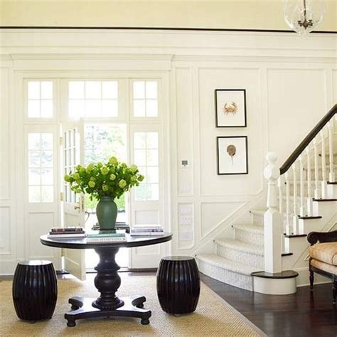 Curved Bench For Round Dining Table 133 Best Foyer Images On Pinterest Home Ideas Moldings